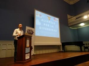 2Álvaro Ros, Presidente de It Gets Better España, en la presentación del proyecto Alianzas por la Diversidad